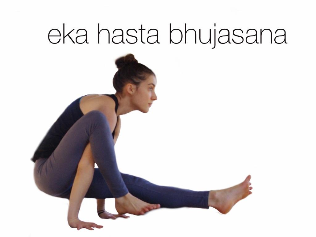 eka hasta bhujasana