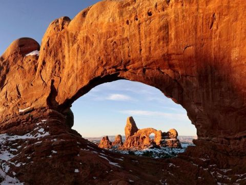 arches-sandstone-formations_2102_600x450